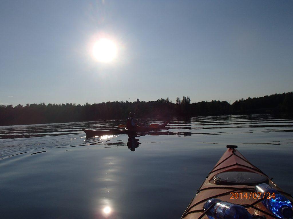 Kajakkimelontaa Pyhäjärvellä Kelo ja kallio Adventures 2020