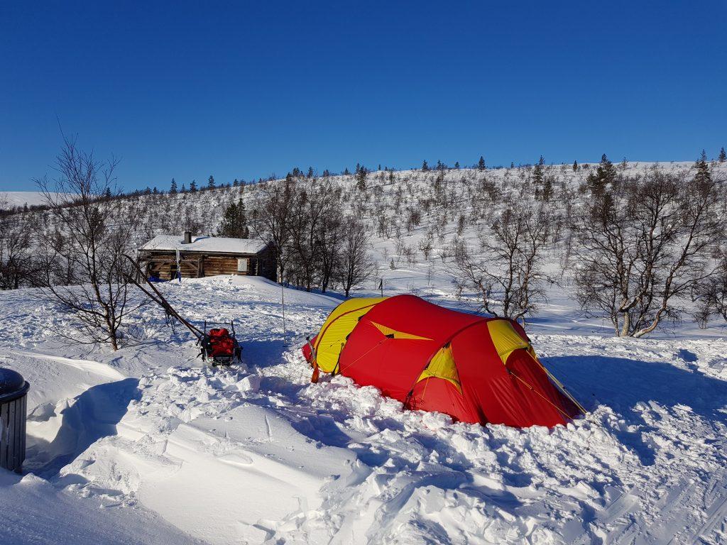 Talviretkeily UKK-puisto Kelo ja kallio Adventures 2020